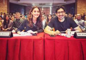Alia Bhatt attends alumni meet with bestie Ayan Mukerji,Check out