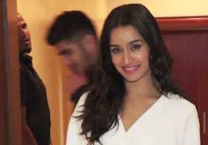 Shraddha Kapoor promotes Saaho in perfect look ;Watch video