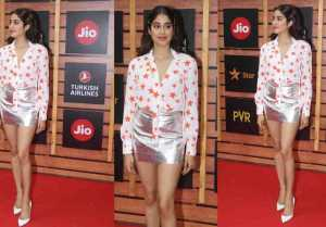 Jhanvi Kapoor keep it stylish as she step out for MAMI Film Festival 2019; Watch video
