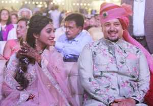 Mohena Kumari & husband Suyash throws grand wedding reception in Rewa