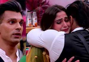 Bigg Boss 13: Arti Singh gets emotional after seeing Karan Singh Grover in house