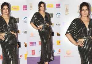 Raveena Tandon Looks perfect at Red Carpet of 12th Radio Mirchi Awards 2020