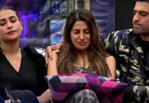 Bigg Boss 14: Nikki Tamboli CRIES badly, She can't stop her tears in house