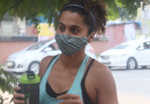 Taapsee Pannu spotted Pre-Salon Session at Kromakay Juhu