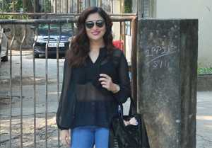 Ridhima Pandit spotted at Kromakay Salon Juhu