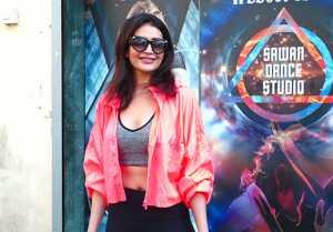 Karishma Tanna spotted at Sawan dance academy Andheri; Watch video