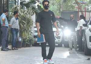 Varun Dhawan Snapped at Maddock Office in Santacruze