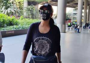 Sonakshi Sinha Spotted at Airp