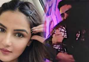 Bigg Boss 14; Jasmin Bhasin misses to Aly Goni & give this big hints on her Re-entry