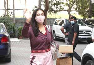 Sara Ali Khan Spotted at Anand L Rai Office Andheri