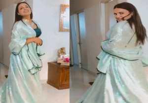 Himanshi Khurana's new dance video goes viral on social media during Lockdown