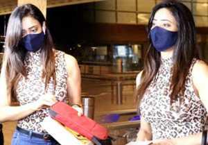 Khatron Ke Khiladi 11: Shweta Tiwari spotted at airport while leaving for shoot