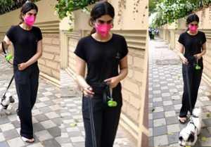Khushi Kapoor spotted at lokhandwala Complex Andheri