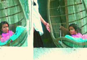 Shilpa Shetty's daughter snapped playing at Balcony; Watch Video