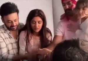 Choti Sardani: Avinesh Rekhi aka Sarab gets emotional on last day of shooting; Video