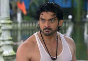Bawara Dil Episode 109;  Shiva gets angry on Akka Bai