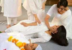 Yeh Rishta Kya Kehlata Hai: Shivangi Joshi aka Seerat faints to see mauris's last time