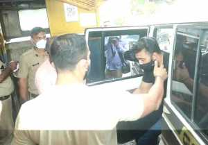 Raj Kundra sent to Arthur Road Jail for 14 days Custody; Watch Video