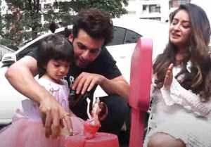 Jay Bhanushali and Mahhi celebrate their daughter Tara b day with media ; Watch video
