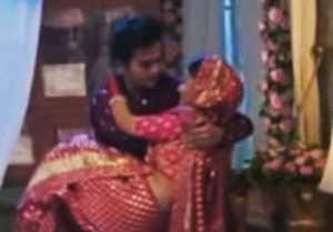 Barrister Babu episode 371 spoiler: Bondita cries badly for Anirudh during first night