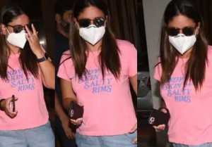 Kareena Kapoor Khan's Skin Colour Changed After She Came From Maldives Trip?