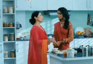 Udaariyaan Episode Update; Fateh's mother ACCEPTS Tejo as her Daughter; Tejo Emotional