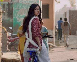 Hans Mat Pagle Video Song - Toilet- Ek Prem Katha