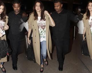 Anushka Sharma leaves for Italy with Family, wedding with Virat Kohli on cards??
