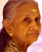 சரோஜா(கீர்த்தி சுரேஷின் பாட்டி)