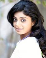 ஸ்னிக்தா அகோல்கர்