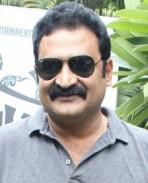 Aadukalam Naren