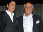 Shahrukh Khan Walk The Ramp As Tribute To Yash Chopra