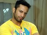 Ex Bigg Boss Contestant Akashdeep Saigal Aka Sky Gets Into Trouble As He Beats Rickshaw Drivers