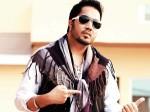 Mika Singh Mumbai House Robbed Jewellery Cash Missing