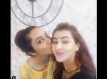 Bigg Boss 11 Winner Shilpa Shinde Celebrates Diwali With Arshi Khan Have They Finally Patched Up