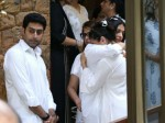 Ajay Devgn Father Funeral Aishwarya Rai Bachchan Hugs Grief Stricken Kajol Picture