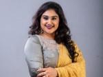 Vanitha Vijayakumar Has A Bad Opinon About Bigg Boss Telugu Says Tamil Contestants Are Better