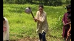 Kareena Kapoor Turns Farmer For Day Video Featuring Bebo Digging Up The Earth Goes Viral
