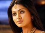 Sneha Completes 50 Films