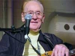 Les Paul Passes Away
