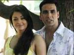 Akshay Aishwarya Retro Look