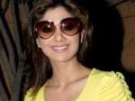 Shilpa Stands Modi