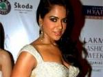 Sameera Reddy Vishal Next