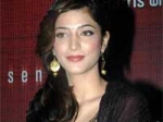 Shruti Hassan Sign Rajesh Nanbaenda
