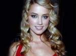 Amber Heard Announces Lesbian