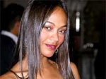 Zoe Saldana Stripped Off Calvin Klein
