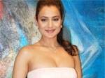 Ameesha Patel Manyata Rajdhani Express