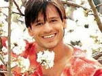 Vivek Oberoi Akshay Cold Shoulder