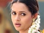 Bhavana No Marriage Plans Present 190111 Aid