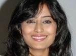Nidhi Sandalwood Heroines Hero Salary 250111 Aid